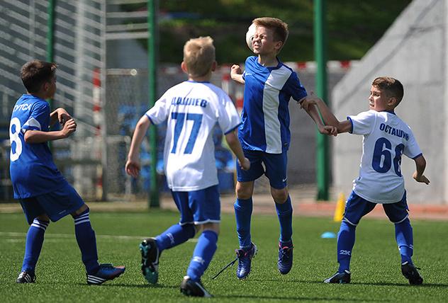 Футбольный клуб москва для детей инвест клуб москва официальный сайт
